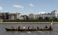 Picture two of the Race at Chiswick.